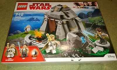LEGO Star Wars Ahch-To Island Training 75200. BRAND NEW AND SEALED.