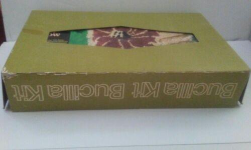 Vintage BUCILLA FLOWER 17x28 Deluxe PILE PILLOW Latch Hook Kit #12527 ART Crafts