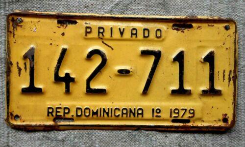 REPUBLICA DOMINICANA License Plate Tag-1o1979 Dominican Republic - Low Shipping