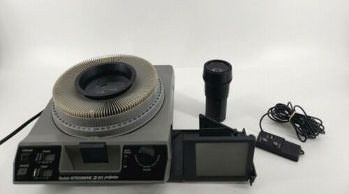 Kodak Ektagraphic III ATS Carousel Slide Projector with Viewer Lens Tray Remote