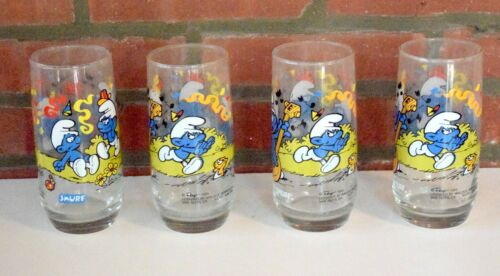 1983 set of 4 Smurf character glasses peyo, Wallace Berrie & Co.