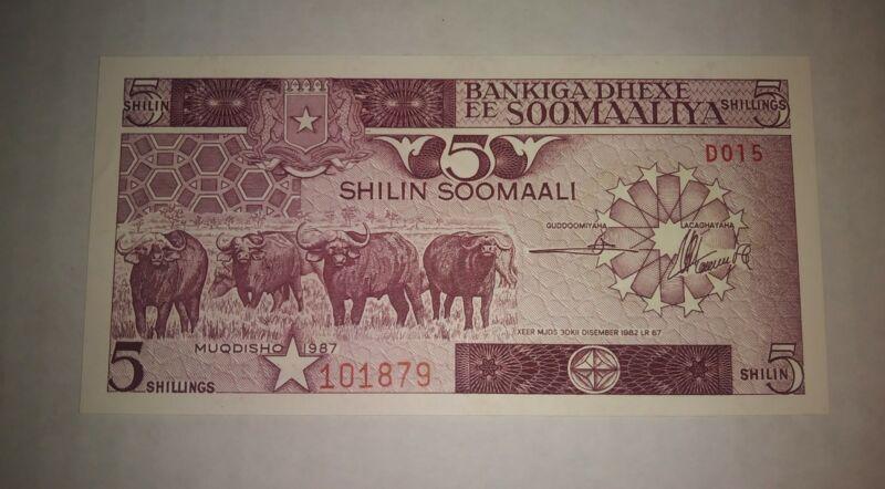 30-12-1982 SOMALIA 5 SHILIN  BANKNOTE IN CRISP UNCIRCULATED CONDITION !!!!!