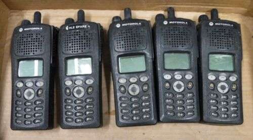 MOTOROLA  XTS-2500  LOT OF  5 UNTESTED COND.   FREE SHIPPING