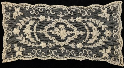 "Old Vintage Tambour Lace Beautiful Ecru Doily Floral Motif 10 1/4"" x 5"""