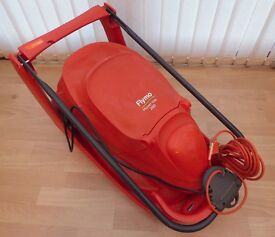 FLYMO HOVER VAC 280 LAWNMOWER - LIKE NEW