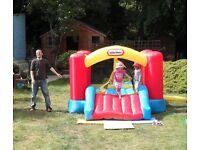 Little Tikes Jump 'n Slide Bouncy Castle