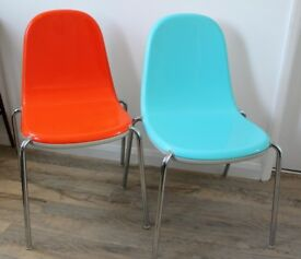 Pair of Magis Butterfly chairs, by Karim Rashid, used, made in Italy