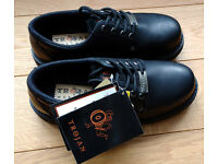 Men's Trojan Work Shoes - Size 8.