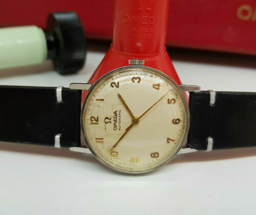 VINTAGE 1964 OMEGA SILVER DIAL AUTOMATIC CAL:552 MAN