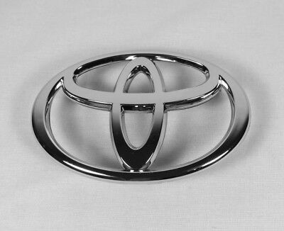 TOYOTA COROLLA GRILLE EMBLEM 03-08 FRONT GRILL CHROME BADGE sign symbol logo