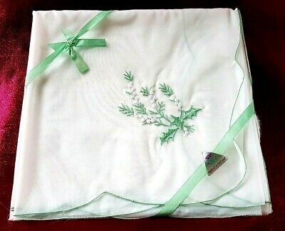 VINTAGE TABLE CLOTH EMBROIDERED PRODUCT OF SCOTLAND