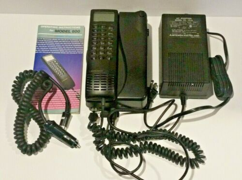 Mitsubishi Model 800 Transportable Cell Phone Mobile Vintage Collectable
