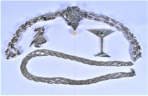 ASSORTED STERLING SILVER JEWELRY - 155 GRAMS