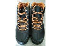 Timberland boots ( UK size 4 )