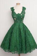 Size 12/14 emerald green semi-formal dress Milton Brisbane North West Preview