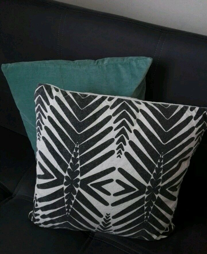 Two Large 50x50 Hm Home Teal Velvet Cushion Covers Set Zipped Leaf