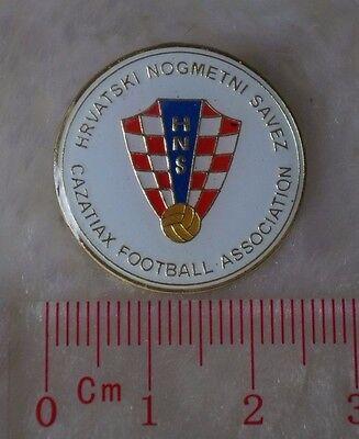 kiTki Croatia nation pin brooch metric soccer football world cup emblem (Croatia Pin)