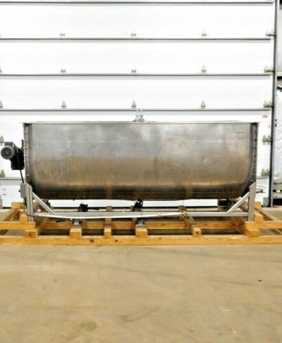 MO-3400, REGIS 820 GALLON STAINLESS JACKETED RIBBON BLENDER W/ SCALE & CELLS