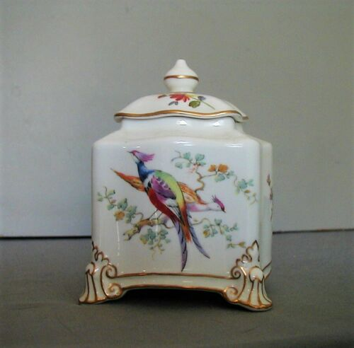GORGEOUS ANTIQUE FINELY PAINTED ROYAL CROWN DERBY INKWELL WITH EXOTIC BIRDS