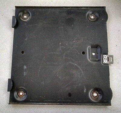 Motorola Maratrac Radio Vehicle Hln4034c Bracket Floor Mounting Mount Trunk Tray