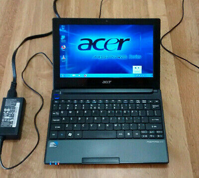 "Acer Aspire One 8.9 "" Netbook / Laptop with Windows 7 OS"