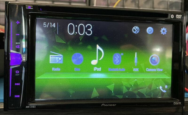 Pioneer AVH211EX 6.2 inch Multimedia Recevier with Bluetooth