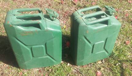 2 X STEEL 20 LITRE JERRY GERRY CANS CLEAN FUEL DIESEL PETROL Slacks Creek Logan Area Preview