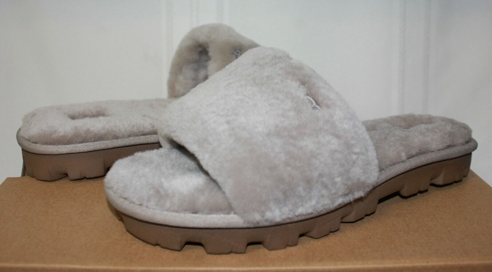 UGG Cozette Oyster Grey Fur slippers New With Box!