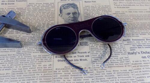 """Vintage  """"Oxweld"""" Welding Safety Glasses, Dark Green Tint; UNUSUAL; Steampunk"""