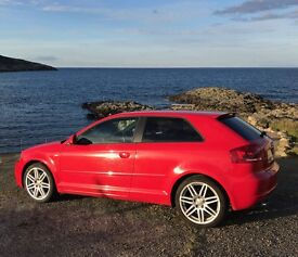 Audi A3 s line red 2L