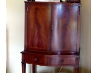 Mahogany cocktail cabinet in excellent condition