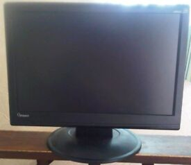 20 inch Optiquest pc monitor for sale.