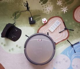 ILIFE A4 Smart Robotic Vacuum Cleaner - one arm not working