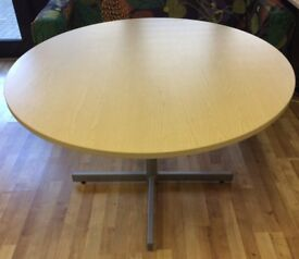 Round table 1200mm
