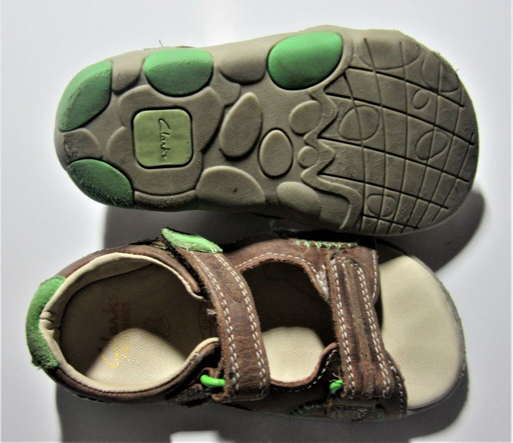 9c1e57bf960513 TODDLERS SANDALS (BOYS) CLARKS FIRST SHOES SIZE 6 1 2 G ...