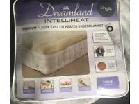 "Dreamland ""intelliheat"" under blanket brand new unused."