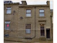 3 bed plus terrace house – double glazing near Huddersfield town centre – 6 potential letting rooms
