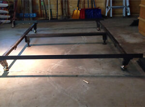 King or queen bed frame