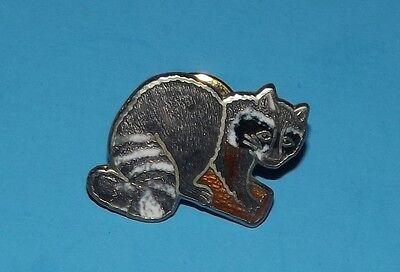 """Marco Raccoon Pin Animal Pinback 3/4""""  pinback metal pin"""
