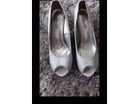 ladies diomonty silver heels