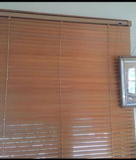 Wooden blinds x2 120x120cm