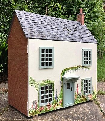 Lovely 1/12th Scale Vintage Hand Made 'Foxglove Cottage' Dolls House
