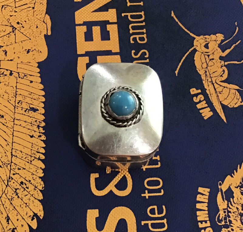 Vintage Taxco Mexico Sterling Silver Pill/Snuff Box With Round Blue Stone