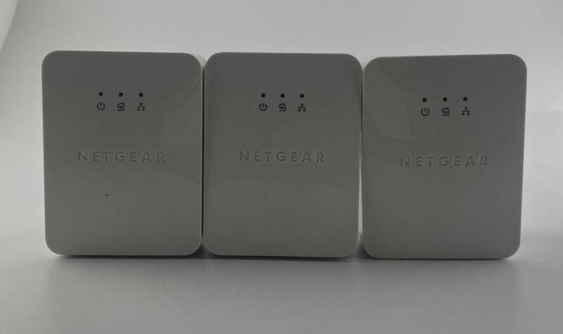 3 Netgear PowerLine AV200 200Mbps Gigabit Powerline Ethernet Adapter XAV2001