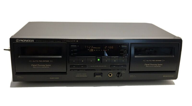 Pioneer CT-W606DR Digital Processing Stereo Dual Cassette Deck TESTED & WORKS