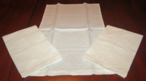 THREE BEAUTIFUL VINTAGE IRISH LINEN TOWELS - UNUSED