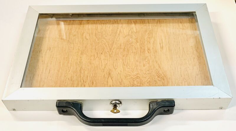 "Aluminum Jewelry Display Case Portable Locking 18"" x 12"" x 1.5"""