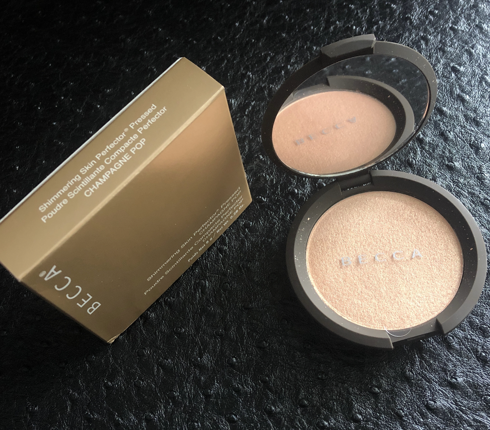 BECCA Shimmering Skin Perfector Pressed Highlighter CHAMPAGN