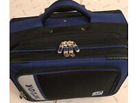 'TAYLOR' BOWLS BAG/CASE (ON WHEELS) Excellent condition!