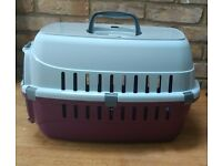 NEW Plastic Carrier for Cats and Small Dogs